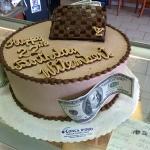 Louis Vuitton Wallet Cake